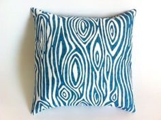 Throw pillow for guest room?