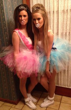 Unique Halloween costume, Toddlers in Tiaras