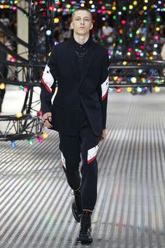 Dior Homme | Menswear - Spring 2017 | Look 25