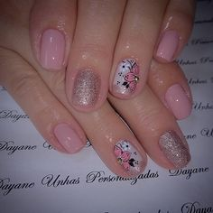 Image may contain: one or more people and closeup Lace Nail Art, Lace Nails, Glitter Nails, Nail Polish Designs, Nail Art Designs, Spring Nails, Summer Nails, How To Do Nails, Fun Nails