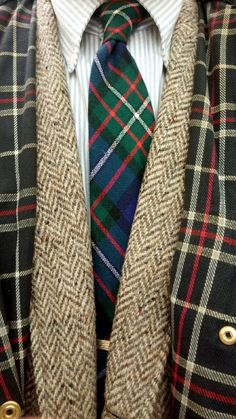 """""""Tweedland"""" The Gentlemen's club: TWEED . TWEED 2 You are in the right place about Country Outfit going out Here we offer you the most beautiful pictures about the Country Outfit boys you a Blazer Outfits, Preppy Outfits, Country Outfits, Classic Outfits, Country Style, Preppy Mens Fashion, Tartan Fashion, Women's Fashion, Best Dressed Man"""
