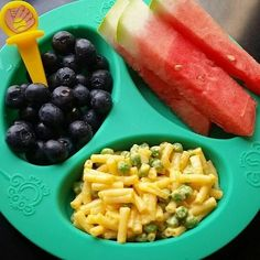 Dinner: blueberries / watermelon fingers/ mac n cheese with frozen peas to cool . Toddler Friendly Meals, Healthy Toddler Meals, Toddler Lunches, Toddler Menu, Toddler Dinners, Toddler Food, Daycare Meals, Kids Meals, Baby Meals
