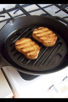 Garlic Toast, grilled sandwiches or reheating left overs. One of many simple uses. It's Made in USA with only the finest of quality cast iron. No mercury, lead or PTFE's here.