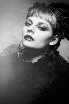 Some new work 😊 Model: @dutty.whino  MUA: @mermaidpainting  #monsterfuphoto #creativeportraits #editorial #fashion #beauty #beautyphotographer #fashionphotographer #editorialphotographer #style #hair #jewellery #vampymakeup #makeup  #bristolfashion #bristolphotographer #femalephotographer #studio #elinchrome #alienskin #canon5dmarkiii #photoshop #studio #beautydish #Bristol #TCMmag #inspireatlas #flannelmagazine #1by1mag
