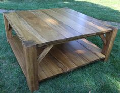 Square Farmhouse Style Coffee Table 4' x 4' Rustic Table Living Room Table Country with Shelf Sofa T Farmhouse Style Coffee Table, Rustic Coffee Tables, Rustic Table, Cool Coffee Tables, Decorating Coffee Tables, Lawn Furniture, Diy Pallet Furniture, Rustic Furniture, Pallet Chair