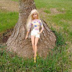 Ficando no meu lugar preferido para tirar férias! O tempo não está ajudando, mas eu quero msm é paz e sossego🙏 #barbiestyle #barbiefashion #barbielove #barbielife #dollsgram #barbiegram #instadoll #instapic #insta #dollgram #dollphotography #doll #toys #dollsofinstagram #life #love #follow #pink #flawless #girl #happy #style #diva #fashion #look #ferias #riodejaneiro