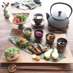 Japanese Dishes, Japanese Food, Plate Lunch, Homemade Seasonings, Food Decoration, Miniature Food, Food Presentation, Food Plating, Food Photo