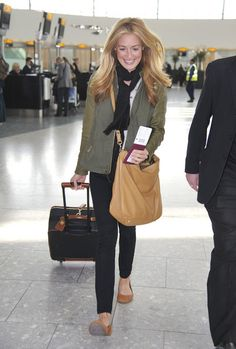 Cat Deeley airport style