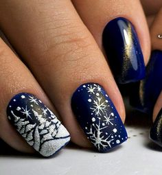 Pretty Winter Nails Art Design Inspirations 02 Visit the post for more. Christmas Nail Art Designs, Holiday Nail Art, Winter Nail Designs, Winter Nail Art, Cute Nail Designs, Acrylic Nail Designs, Winter Nails, Chrismas Nail Art, Acrylic Nails