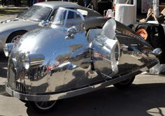 Body: I love the polished and riveted aluminum on Randy Grubb's Decopods