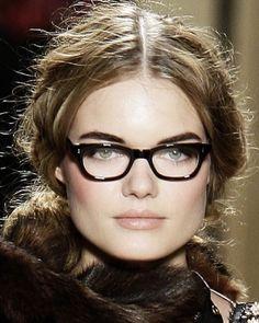 make up w/glasses
