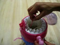 Circular Knit Stretch Sensor - Making of in 6 minutes Spool Knitting, Loom Knitting Projects, Diy Paso A Paso, Addi Express, Circular Knitting Machine, Serpentina, Loom Craft, Knifty Knitter, Finger Knitting