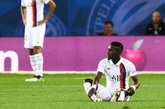 Quelques jours après la grave blessure au genou dont a été victime Juan Bernat, le Paris Saint-Germain a été confronté à la sortie d'Idrissa Gueye dès la 22e minute de jeu contre Nice (3-0) ce dimanche en Ligue 1. L'état du Sénégalais, touché à la cheville, n'inspire toutefois pas de craintes a priori. «C'est seulement […] L'article PSG : Tuchel donne des nouvelles de Gana Gueye est apparu en premier sur wiwsport.