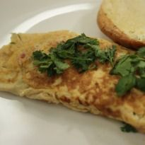 Masala Omlette Recipe - Start your day with this masala omelette recipe. A spicy combination of eggs, onions, tomatoes and flavorful spices. Omelette Recipe, Cook N, Chaat Masala, Indian Food Recipes, Ethnic Recipes, Indian Breakfast, Breakfast Options, Taste Buds, Onions