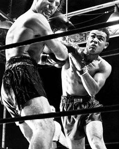 Joe Louis Taggin'