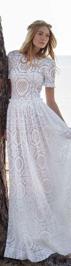 Christos Costarellos bridal 2016 White Outfits, Cool Outfits, Boho Fashion, Fashion Dresses, Maxi Dresses, Gowns Of Elegance, Fabulous Dresses, Boho Bride, Boho Chic