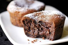 A simple Classic chocolate fondant recipe for you to cook a great meal for family or friends. Buy the ingredients for our Classic chocolate fondant recipe from Tesco today. Low Budget Meals, Budget Recipes, Pudding Club, Chocolate Fondant Cake, Tesco Real Food, Valentines Food, Christmas Pudding, English Food, Yummy Cupcakes
