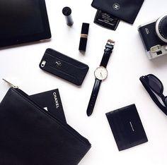 Some nice essentials. Find the timepiece at www.danielwellington.com! #danielwellington #wotd