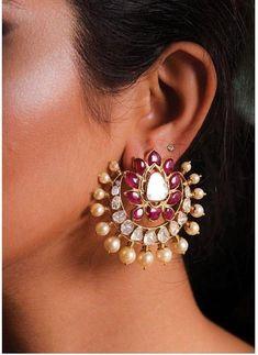 Emerald Earrings / Tiny Emerald Trio Stud Earrings in Gold / Natural Emerald Studs / Tiny Stud Earrings / May Birthstone / Gift for Her - Fine Jewelry Ideas Indian Jewelry Earrings, Jewelry Design Earrings, Gold Earrings Designs, Tiny Stud Earrings, Crystal Earrings, Wedding Jewelry, Silver Earrings, Silver Jewelry, Amrapali Jewellery