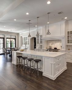 "8,703 Likes, 97 Comments - Interior Design | Home Decor (@the_real_houses_of_ig) on Instagram: ""When it comes to white kitchens, it doesn't get much better than this ... 