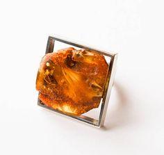 Baltic Amber Ring 18g.