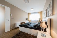 http://www.ru.cz-estate.cz/liverealty/flats/praga_2_-_u_muzeya/kvartiry_u_vaclavskoy_ploschadi.html