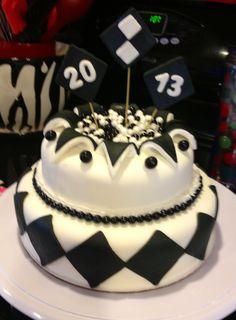 Black and white New Years cake