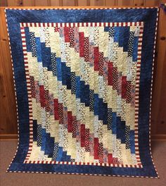 Standing Strong Quilt Free Pattern designed by Jennifer Bosworth of Shabby Fa. Flag Quilt, Patriotic Quilts, Star Quilts, Easy Quilts, Patriotic Crafts, Patch Quilt, Bargello Quilts, Jellyroll Quilts, Scrappy Quilts