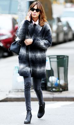 There's pretty much no denying the fact that Alexa Chung has great style in this ombre pattern coat and low ankle boots.