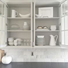 """""""Monday! Catching up. At home workout, laundry,  organizing, putting away dishes.. aaaand stopped for a #shelfie !! What are you up to @a_beautifulnest @eyeforpretty @lindsay_hill_interiors if you'd like to share!  #widn Tap for sources. #smalltownstyled"""" Photo taken by @painttheworldwhite on Instagram, pinned via the InstaPin iOS App! http://www.instapinapp.com (09/14/2015)"""