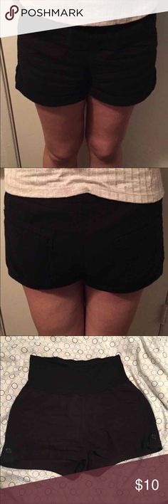 ❤️Black Linen Shorts❤️ Worn 3 times.   I lost weight and they don't fit me anymore.   Perfect light weigh material for summer (linen).  Has stretchy elastic waist band.   No rips or stains.  Has 2 front pockets & 2 back pockets.  Size: small Color: Black Brand: Active U.S.A.  ❌NO TRADES ❌NO HOLDS ❌NO ️️  My home is smoke free & pet free!!!! I do ship quick!! Active U.S.A. Shorts