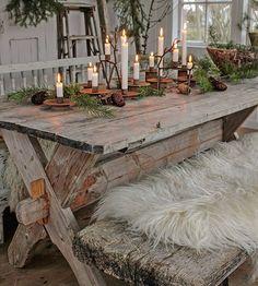 Høstkvelder må innholde levende lys... Høysesong på stearinlys i heimen her nå😊Fin kveld alle sammen 💛