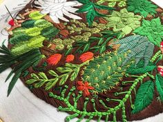 "786 Likes, 11 Comments - @coricrafts on Instagram: ""a little throwback!! 💚🌿 #bordado #bordadoamano #embroideryhoopart #etsygram #cactus #plants…"""
