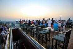 Octave Rooftop Bar - Marriott Hotel ©Jürgen Reichenpfader Sky Bar Bangkok, Rooftop Bar Bangkok, Best Rooftop Bars, Bangkok Hotel, Bangkok Shopping, Bangkok Travel, 5 Star Hotels, Best Hotels, Before Sunset