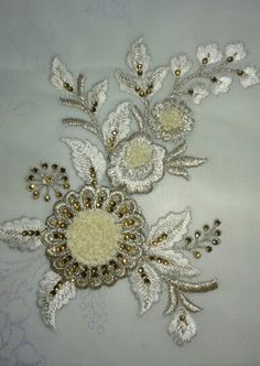 Rchmat Simple Embroidery, Gold Embroidery, Crewel Embroidery, Indian Bridal, Bridal Dresses, Coloring Pages, Brooch, Lace, Fashion