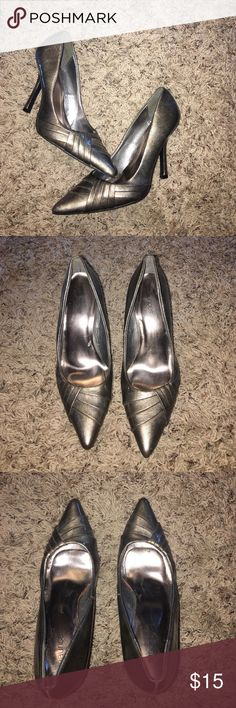 """Pewter colored heels Pewter colored heels. 3"""". Very comfortable. Only worn twice. Has one small scuff as seen in last pic on inside of right heel. Maurices Shoes Heels"""