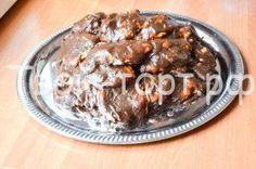 Торт Сенатор http://feedproxy.google.com/~r/tvoi-tort/~3/XvaxthkXqk0/tort-senator.html  Торт Сенатор – это безумно вкусный торт! Торт делается вообще без теста, только с безе. При этом безе не будет сухим благодаря крему. Торт очень понравится тем, кто любит сладкое, но не любит сухое безе. Само приготовление занимает достаточно немало времени, поэтому безе можно готовить заранее. Ингредиенты: Какао – 2 столовые ложки Вареное сгущенное молоко […]Запись Торт Сенатор впервые появилась на сайте…