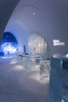 ICE HOTEL / Sweden ICEHOTEL / Sweden(2) The existence of the ICEHOTEL is entirely reliant upon the climate and Torne River, from which the 4000 tonnes of ice are harvested each year between March and April. The architecture is a form of exhibition as well. Each year artists are handpicked to design and build the Art Suites within the ICEHOTEL. The whole process involved about 100 people and is constructed between November and December.
