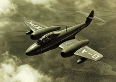 September J. Fairfield makes the first ejection from an aircraft on the ground, escaping from a Gloster Meteor traveling at 120 mph km/h) along a runway. Navy Aircraft, Military Aircraft, Gloster Meteor, By Plane, Royal Air Force, Royal Navy, Fighter Jets, Aviation, Aeroplanes