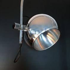 LAMPADAIRE - ARC - EYE-BALL. Chrome aluminium et Plexiglass. 1960