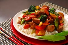 Plate of pork stir fry. A plate of pork stir fry with vegetables , Kidney Recipes, Stir Fry Recipes, Diet Recipes, Healthy Recipes, Vegetable Slice, Healthy Chinese, Chinese Food, Chinese Recipes, Easy Teriyaki Chicken