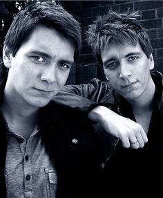 James and Oliver Phelps...OMG the Weasley twins! They're gorgeous!