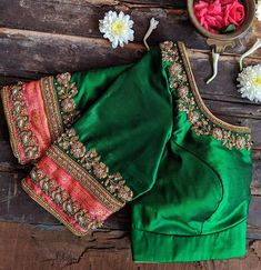 blouse designs latest Stunning sea green color designer blouse with floral design hand embroidery gold thread and zardosi work. Best Blouse Designs, Simple Blouse Designs, Stylish Blouse Design, Bridal Blouse Designs, Blouse Neck Designs, Blouse Styles, Sari Design, Floral Design, Traditional Blouse Designs