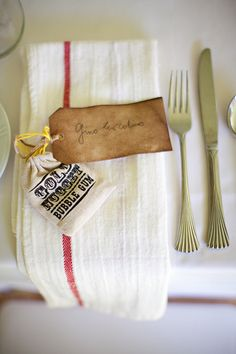 Rustic place setting photography by green door photography event