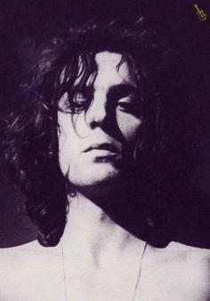 Syd Barrett the diamond of Pink Floyd. Richard Wright, Psychedelic Music, Just Beautiful Men, Broken Wings, Boys Long Hairstyles, Roger Waters, David Gilmour, Metalhead, Jimi Hendrix