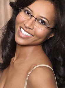 Oprah.com, eyeglasses on artist