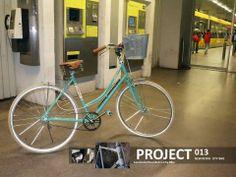 "Bicicleta de Senhora Modelo ""Patina"" Bike Brands, New City, Retro, Templates, Bike, Retro Illustration"