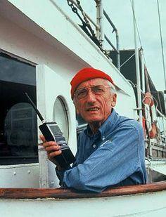 Jacques Cousteau - je regardais ses émissions animalières à la télé le samedi avec papa !