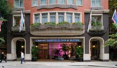 Fairfield Inn & Suites Chicago Downtown/Magnificent Mile A one-of-a-kind hotel experience awaits you here at the Fairfield Inn & Suites Chicago Downtown/Magnificent Mile.    Intuitively designed and ideally situated in the heart of the city, our hotel is.