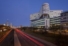 New Hospital Tower Rush University Medical Center / Perkins+Will
